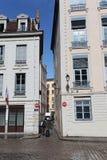 Smala gator i Lyon, Frankrike Arkivfoto
