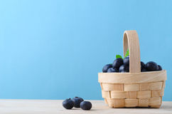 Small Basket of Blueberries Royalty Free Stock Photos