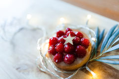 Small berry pie with a olive leaf Royalty Free Stock Photography