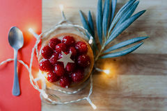 Small berry pie with a olive leaf Royalty Free Stock Photos