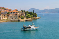 Small boat in the waters of the Tyrrhenian Sea. Portoferraio fro Stock Photo