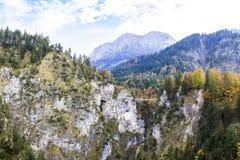 Small bridge between steep rocks Neuschwanstein Stock Photography