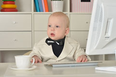 Small  business boy and computer Royalty Free Stock Photography