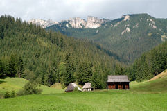 Small cabin in the mountains Royalty Free Stock Photography