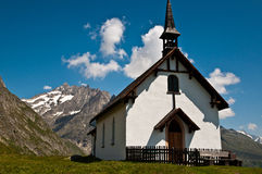 Small church in the mountains Royalty Free Stock Photography