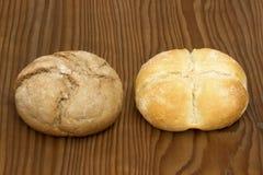 Small dietary grain bun and small white grain bun Royalty Free Stock Photos
