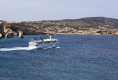 Small ferry in Cyclades Royalty Free Stock Photos