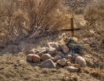Small grave in the desert Royalty Free Stock Image