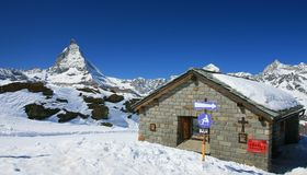 Small house with Matterhorn Royalty Free Stock Photo