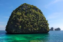 Small island full of vegetation. Ko Samah island in Tailand Royalty Free Stock Photography