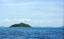 Small island between Pattaya and Larn island Stock Photos