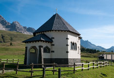 Small Italian church - Dolomites, Italy Royalty Free Stock Photography