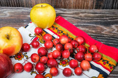Small Paradise apples and the usual large apples Royalty Free Stock Photography