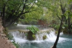 Small waterfall on the Plitvice Lakes royalty free stock photos