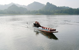 Small wood boat in lake Royalty Free Stock Photography