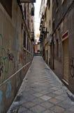 Smalle straat Stock Afbeeldingen