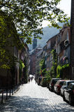 Smalle straat in de Duitse stad Heidelberg Stock Foto