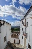 Smalle straat in de oude stad van Spanje Stock Fotografie