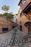 Smalle straat in Oude Yaffo. Stock Afbeeldingen