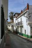 Smalle straat in velez-Malaga, Andalusia, Spanje stock afbeeldingen