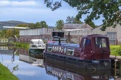 Smalt fartyg på Breconen och Monmouthshiren Cana Arkivbild