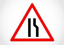 Smalt högert informationsvägmärke om väg Arkivfoto