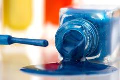 Smalto di chiodo blu fotografia stock libera da diritti