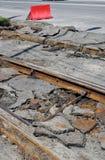 Smantellamento delle rotaie vecchie del tram Immagine Stock