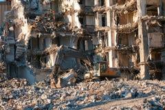 Smantellamento idraulico della costruzione dell'escavatore fotografie stock