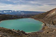Smaragd sjöar av Tongariro den alpina korsningen Royaltyfria Foton