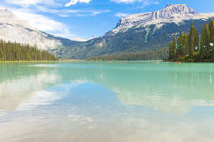 Smaragd sjön Yoho National parkerar Kanada Royaltyfri Foto