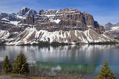 Smaragdgroen meer. Banff Alberta, Canada Royalty-vrije Stock Fotografie