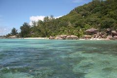 Smaragdgroen strand Stock Afbeeldingen