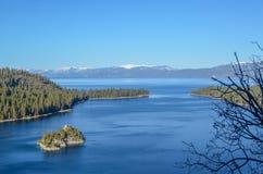 Smaragdgroene baai, Meer Tahoe in de winter stock foto