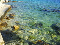 Smaragdgroene blauwe overzees Stock Foto