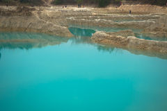 Smaragdvatten, pöl, damm, plash Arkivfoton