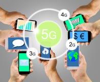Smarphones avec la technologie 5g Images stock