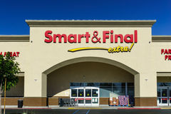 Smart ed esterno finale della vendita al dettaglio Fotografia Stock