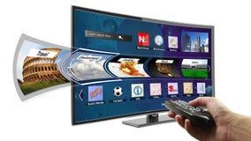 Smart-Fernsehen mit apps Stockbilder