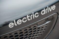 Smart inskrift av elektriskt drev för text på smart bilframdel för svart Royaltyfria Bilder