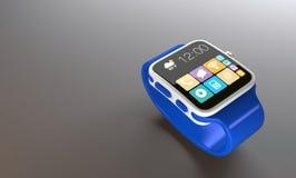 Smart klocka med app-skärmen på lutningbakgrunden Arkivbilder