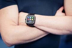 Smart klocka med apps Royaltyfria Foton