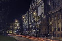 Smart landskap av majestätiska och svulstiga Budapest med dess forntida arkitektur under julferierna hastighet fotografering för bildbyråer
