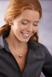Smart lycklig redhead Fotografering för Bildbyråer