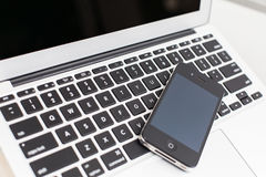 Smart phone and laptop Royalty Free Stock Photography