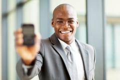 Smart telefon för affärsman Royaltyfri Bild