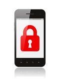 Smart telefon med det stängda låset Arkivbilder