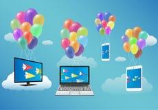 Smart TV, ordinateur portable, Smartphone, et Tablette flottant avec le ballon de fantaisie Images libres de droits