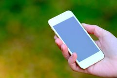 Smartphone à disposição Fotos de Stock Royalty Free