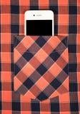 Smartphone σε μια τσέπη του πουκάμισου Στοκ Φωτογραφίες